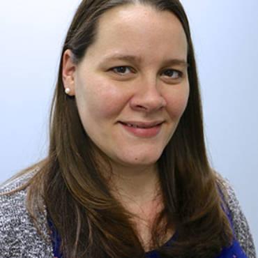Lindsay-Patient-Care-Cordinator1.jpg